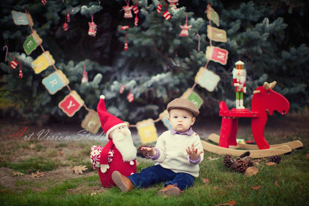 stylized-christmas-themed-baby-photography-session-ct