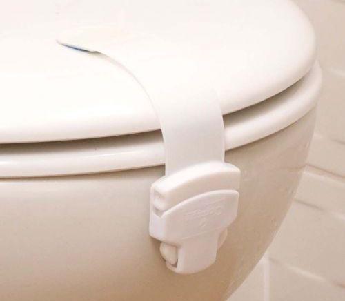 jak zabezpieczyć toaletę przed dzieckiem